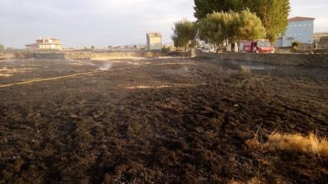 Incendio en Campillo. Foto Bomberos Guijuelo.