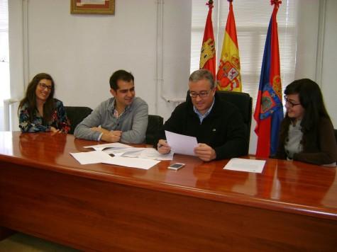 Firma de adhesión al convenio 'Ciudades en Red'