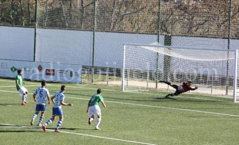 Jonathan Martín anotó el segundo gol desde los once metros.