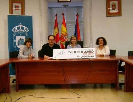 Presentación de la FIC en el salón de plenos del Ayuntamiento de Guijuelo