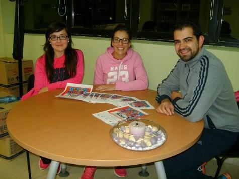 Representantes de Guijuelo Joven junto a concejal de Juventud Carlos Arasa.