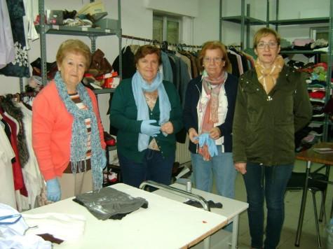 Voluntarias del ropero municipal.