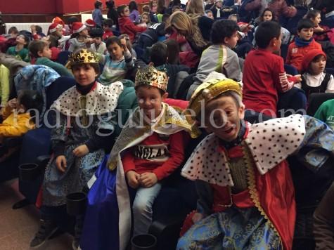 Alumnos del Filiberto Villalobos en la fiesta de Navidad.
