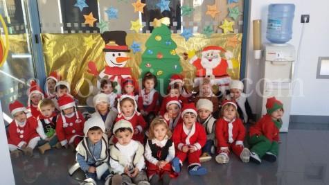 Niños y niñas de la Guardería 2-3 años.