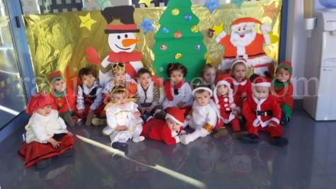 Niños y niñas de la Guardería Municipal de 0-2 años.