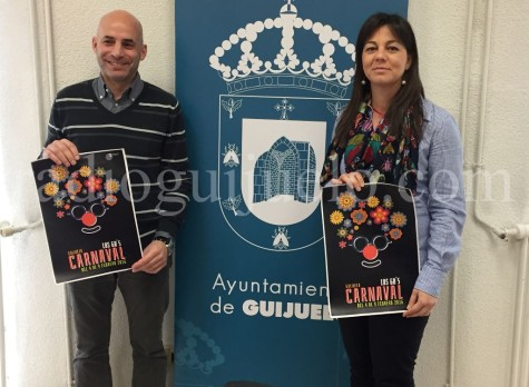El concejal Samuel Fernández y la concela María Jesús Moro en la presentación del Carnaval 2016.