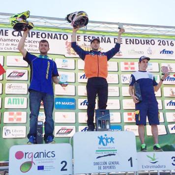 Lorenzo Santolino en el podium. Foto L.S.