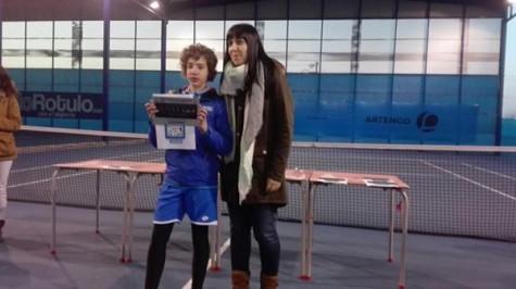 Paula Sánchez campeona del torneo de Cabrerizos. Foto club guijuelense de tenis y pádel.