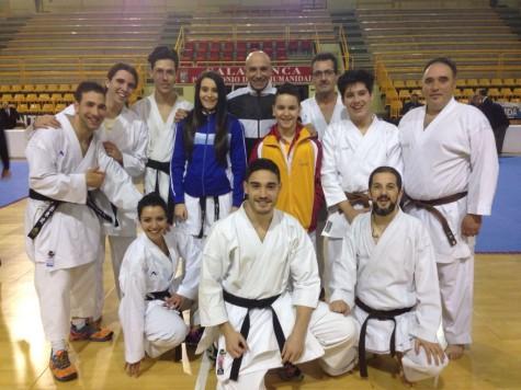 Karatecas del Gimnasio La Luna. Foto Gimnasio La Luna