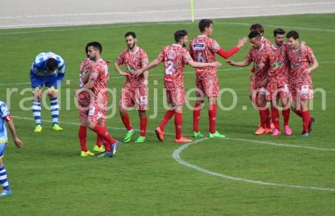 Celebración del gol ante la Arandina