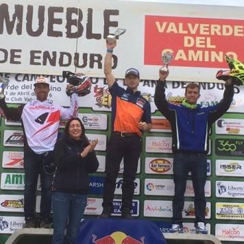 Lorenzo Santolino en el podium. Foto L.S