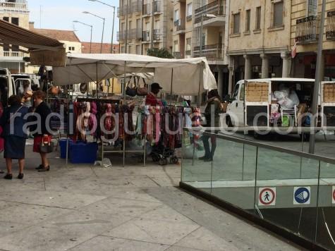 Mercado de los sábados en la Plaza Mayor.