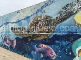 Mural en las piscinas municipales de Guijuelo.