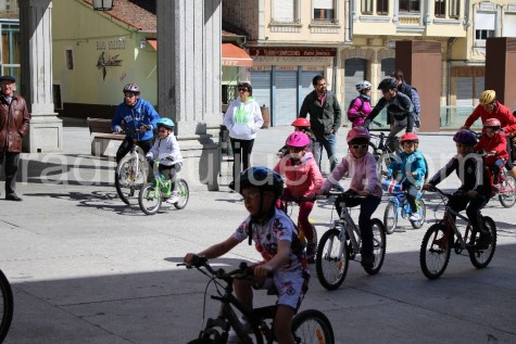 Participantes en el Día de la Bici. Foto archivo
