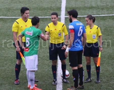 Partido entre el Guijuelo y la Peña Sport.