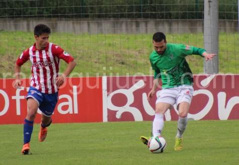 Luis Domenech en el encuentro ante el Sporting B en Mareo.