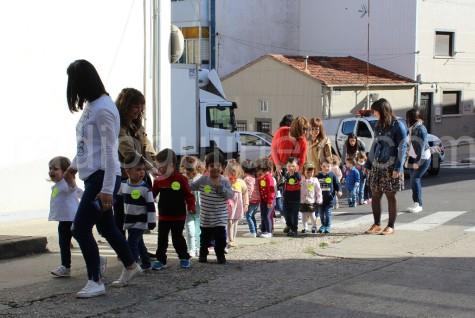 Niños y niñas de la Guardería.