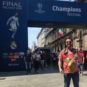 La camiseta del jamón en Milán
