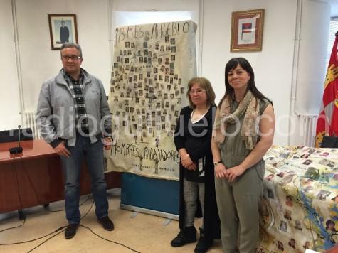 Elisa Merino, junto al alcalde Julián Ramos y la concejala de Cultura Mª Jesús Moro.