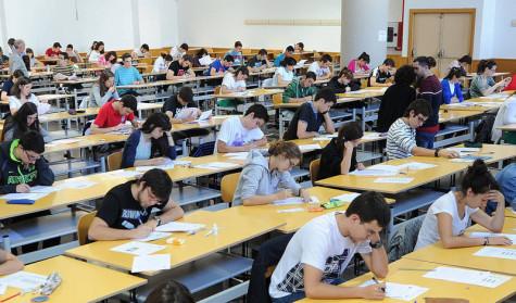 Examen de selectividad. Foto elcorreodeburgos.