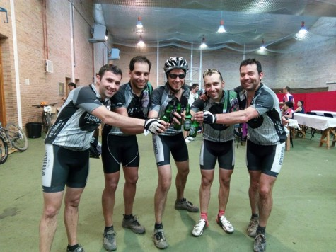 Integrantes del Pata Brava. Foto bicicleteros.
