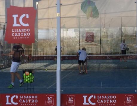 Clases de pádel en Guijuelo. Foto club guijuelense de tenis y pádel.