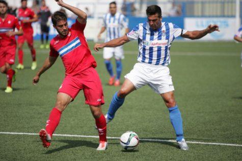 Carles Marc a la derecha de la imagen. Foto futbolbalear.