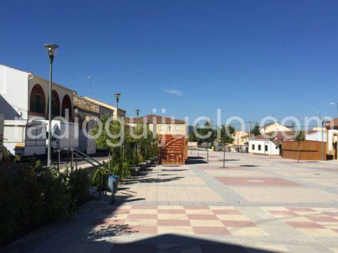 Casetas instaladas en la plaza Mayor de Campillo