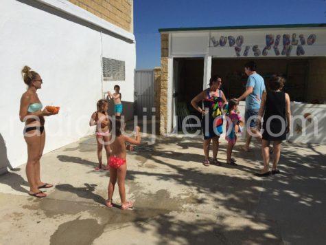 instalación de la ludo biblio piscina en Guijuelo