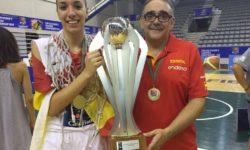 José Ignacio Hdez con el trofeo conseguido