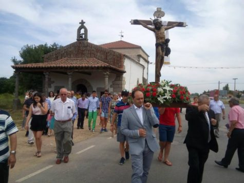 Fiestas en Endrinal. Foto Mª Teresa García.
