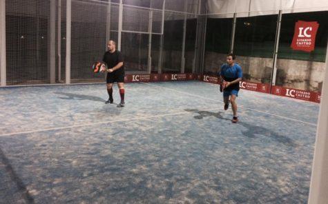 Partido del torneo de verano de pádel. Foto club guijuelense de tenis y pádel