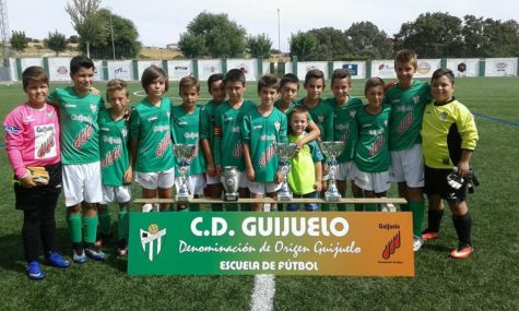 Alevín B del C.D. Guijuelo. Foto Escuela C.D. Guijuelo.