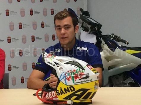 Casco que lucirá Lorenzo Santolino en el rallye de Marruecos.