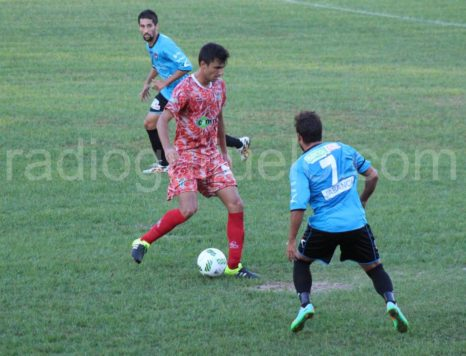 El centrocampista Jorge Juliá.