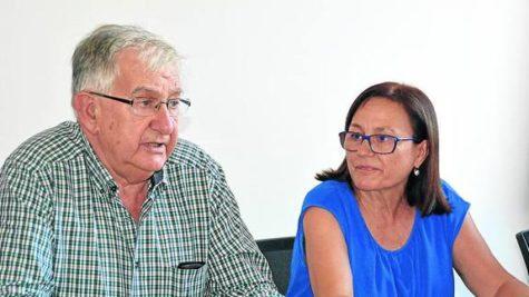 José Antonio Hernández y Filoísa Hernández en el pleno celebrado en el dia de ayer. Foto Norte de Castilla.