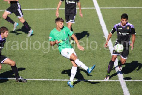 Manu Dimas en un encuentro ante el Real Valladolid B