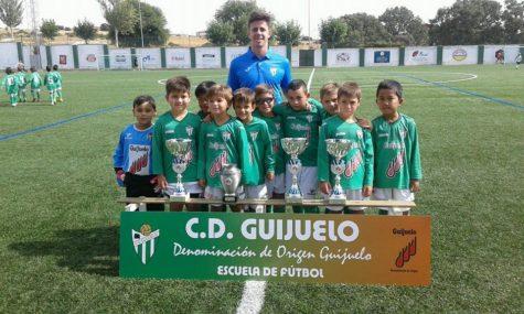 Prebenjamín A del C.D. Guijuelo. Foto Escuela fútbol C.D. Guijuelo D.O.