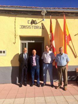 El presidente de la Diputación en La Tala. Foto Diputación de Salamanca.