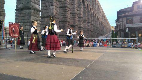 Grupo folklórico El Torreón en Segovia. Foto M.I.