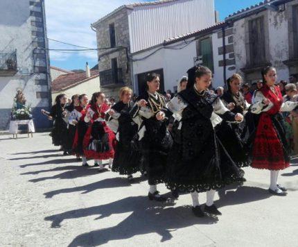 Fiestas en Valdelacasa. Foto Valdelacasa