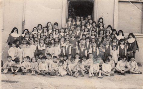 Colegio Amor de Dios en el curso 1963-1964. Archivo Pilar Sánchez