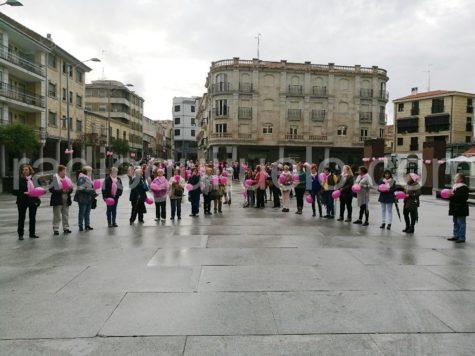 Acto con motivo del día mundial del cáncer de mama.