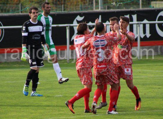 Celebración del tercer gol, obra de Julián Luque