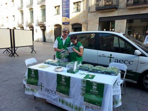 Cuestación en Salamanca. Foto AECC JP Salamanca.