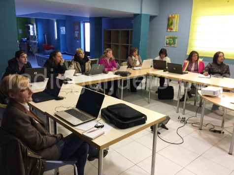 Curso de digitalización personal y familiar en Guijuelo Joven.