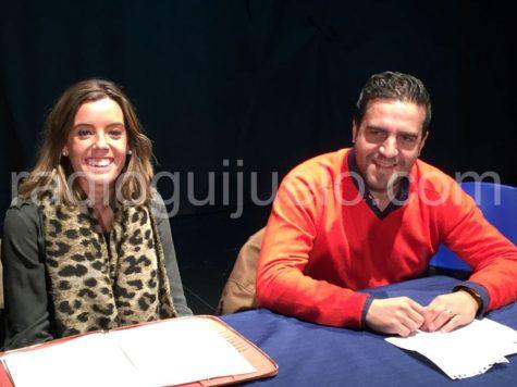 El presidente del C.D. Guijuelo Jorge Hernández junto a la secretaria Natalía Fernández.