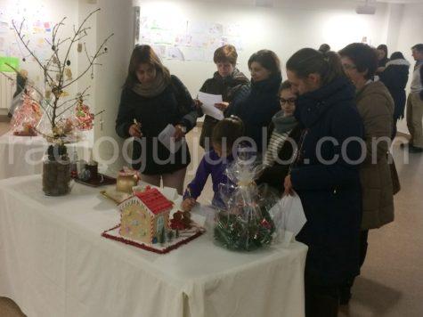Participantes en la votación del concurso de centros de mesa de Navidad