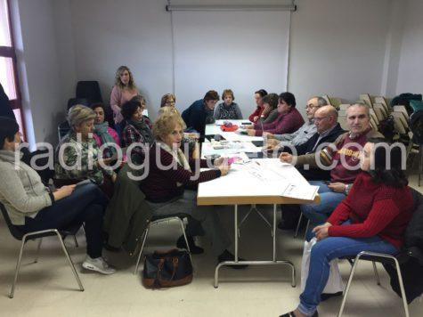 Los alumnos asistena a última clase.