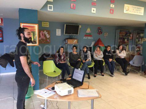 VII Escuela de Padres en Guijuelo Joven.